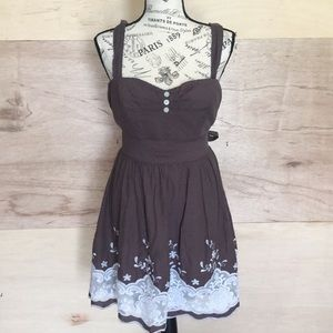 Gray lace embroiled floral formal dress